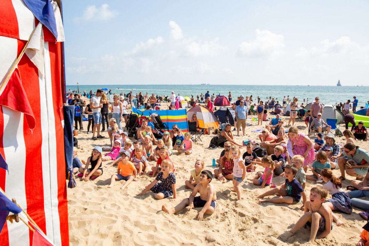 Kids gathered on Bournemouth Beach for show