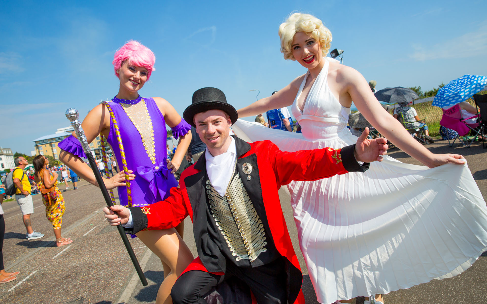 Old school air festival dress up